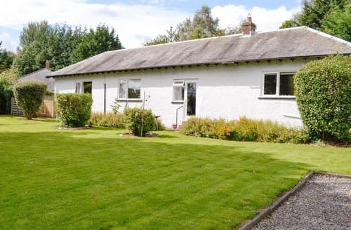 Last Minute Cottages - Quaint Annan Cottage S121064