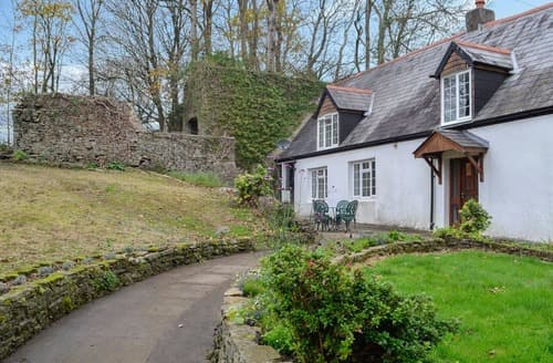 Last Minute Cottages - Captivating Swansea Cottage S125702