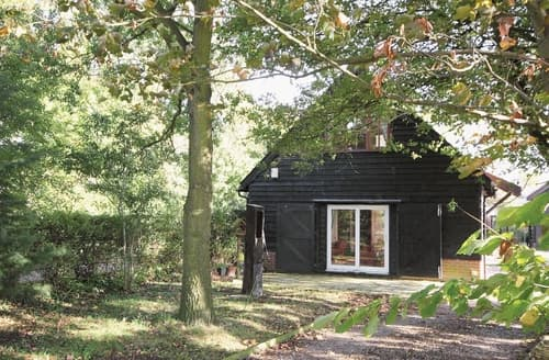 Last Minute Cottages - Adorable Woodbridge Cottage S18059