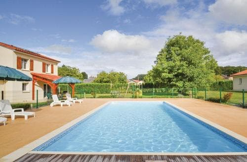 Last Minute Cottages - Le Jardin 1 - FAD379