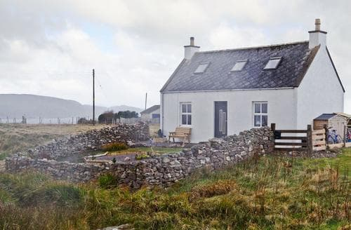 Last Minute Cottages - Excellent Gairloch Cottage S42635