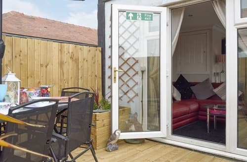 Last Minute Cottages - Splendid Blackpool Apartment S101536