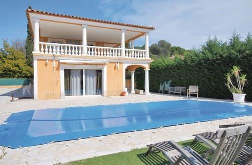 Last Minute Cottages - La Villa de Terre Cuite