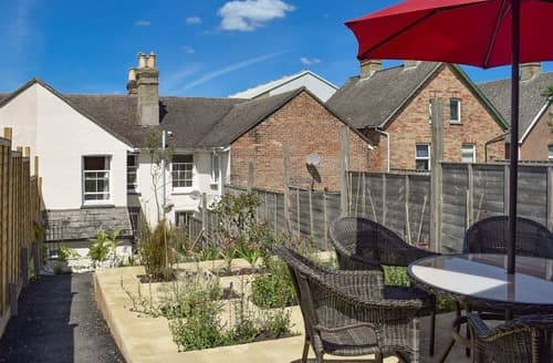 Last Minute Cottages - Quaint Cowes Cottage S105161