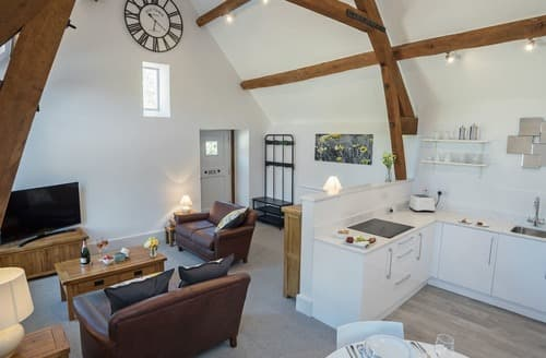 Last Minute Cottages - Delightful Chipping Campden Cottage S105304