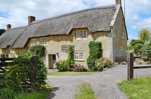 Last Minute Cottages - Upton Manor Cottage