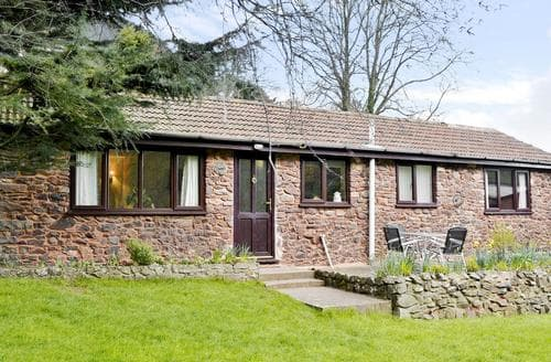 Last Minute Cottages - The Linhay
