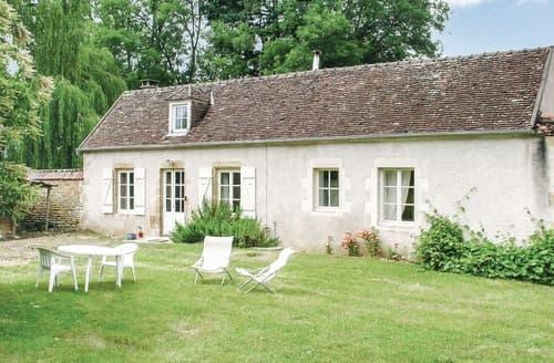 Last Minute Cottages - St. Jean Aux Amognes