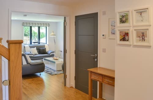 Last Minute Cottages - Cosy Lostwithiel Apartment S105239