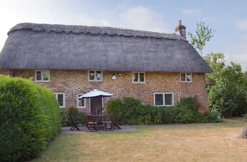 Big Cottages - Charming Eastbourne Cottage S113820