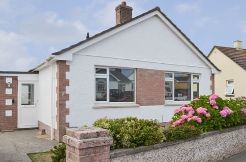 Last Minute Cottages - Charming Bude Cottage S113352