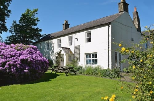 Last Minute Cottages - Mark Close Farmhouse