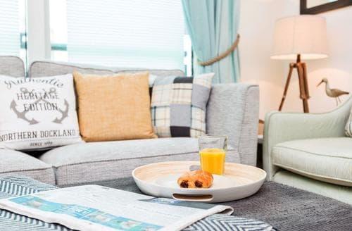 Last Minute Cottages - Gorgeous Poole Apartment S50311