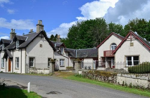 Last Minute Cottages - Rob Roy