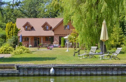 Last Minute Cottages - Splendid Horning Cottage S114156