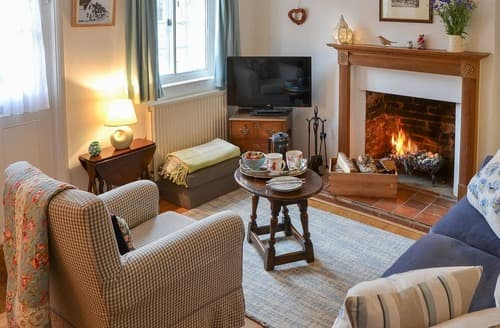 Last Minute Cottages - Charming Sudbury Cottage S121240