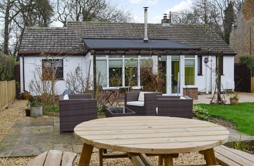 Last Minute Cottages - Cosy Snettisham Cottage S134179