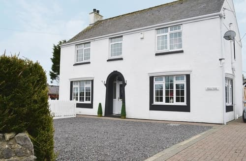 Big Cottages - Adorable Benllech Cottage S24735