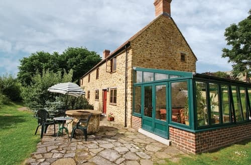 Last Minute Cottages - Charming Beaminster Cottage S19590