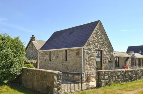 Last Minute Cottages - Superb Criccieth Cottage S22220