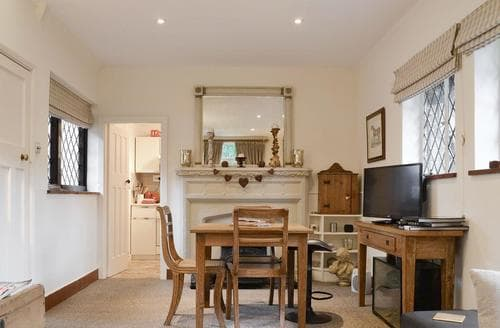 Last Minute Cottages - Highmoor Park Cottage