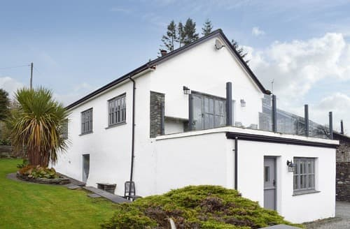 Last Minute Cottages - Tasteful Hawkshead, Near And Far Sawrey Cottage S18507