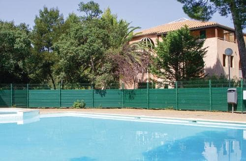Last Minute Cottages - Cosy Frejus Apartment S117563
