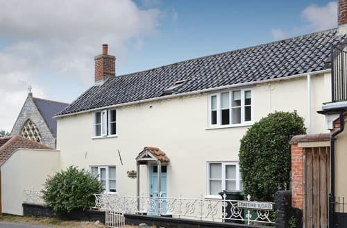 Last Minute Cottages - Beautiful Horning Cottage S105741