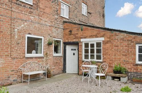 Last Minute Cottages - Delightful Nantwich Cottage S45518