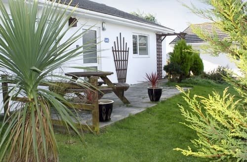 Last Minute Cottages - Tasteful Padstow Cottage S20635