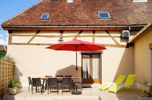 Last Minute Cottages - Le Gite de l'Abbaye - G336
