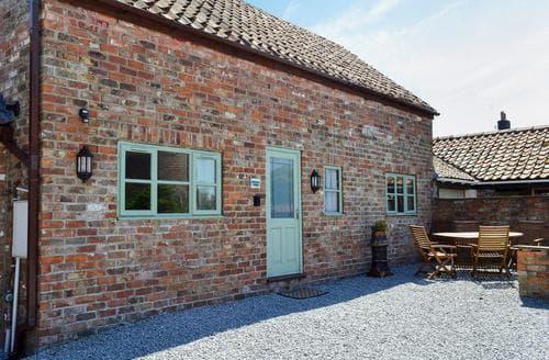 Last Minute Cottages - Charming Bridlington Cottage S14850