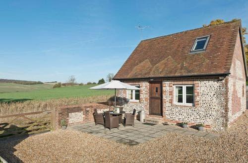 Last Minute Cottages - Exquisite East Meon Cottage S14091