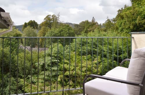 Last Minute Cottages - Superb Bowness On Windermere Apartment S121676
