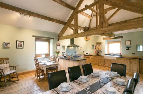 Last Minute Cottages - Hall Barn