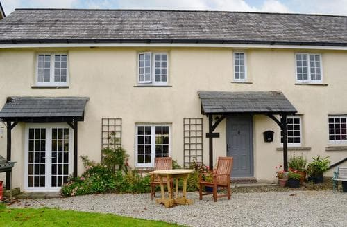 Last Minute Cottages - Wonderful Beaworthy Cottage S86205