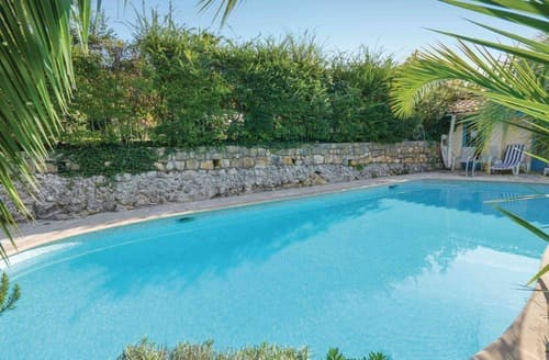 Last Minute Cottages - Vence