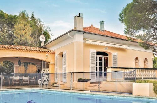 Last Minute Cottages - Delightful Ste Maxime Cottage S117639