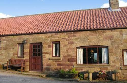 Last Minute Cottages - Corby Wood - 18424