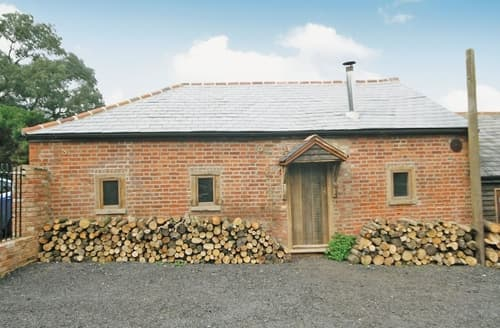 Last Minute Cottages - Stunning Maldon Cottage S18122