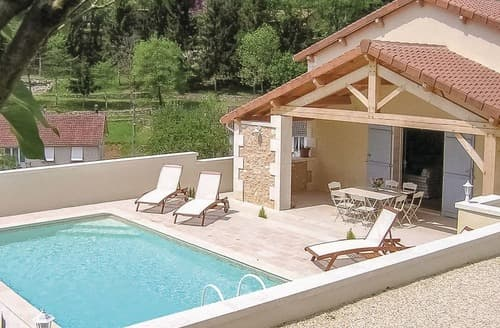 Last Minute Cottages - Les Murailles