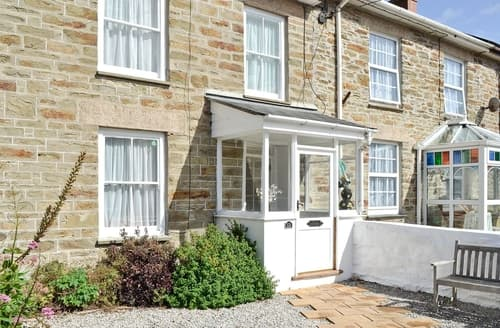 Last Minute Cottages - Greenfield Terrace