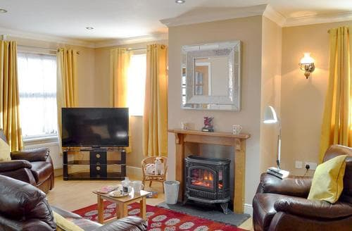 Last Minute Cottages - Bryn Villa