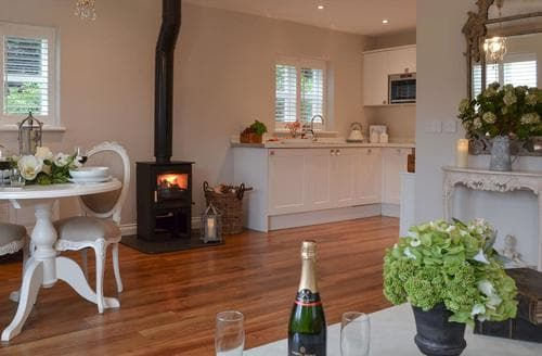 Last Minute Cottages - The Pavilion at Brunger House