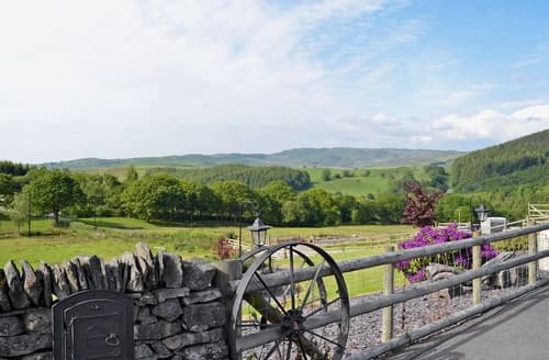 Last Minute Cottages - Lovely Tregaron And The Cambrian Mountains Cottage S37659