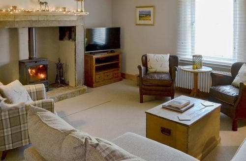 Big Cottages - Beautiful Rothbury Cottage S81128