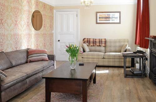 Last Minute Cottages - Quaint Keswick Apartment S45107