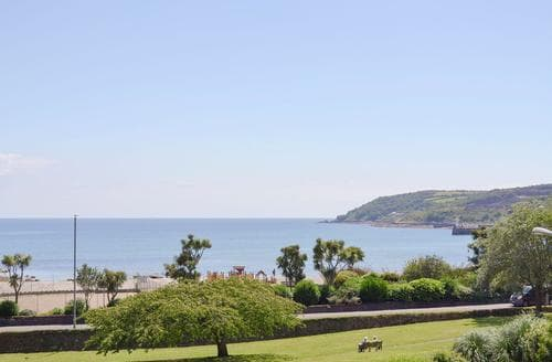 Last Minute Cottages - Inviting Penzance Apartment S84667