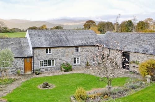 Last Minute Cottages - Plas Iwrwg Granary - 28091
