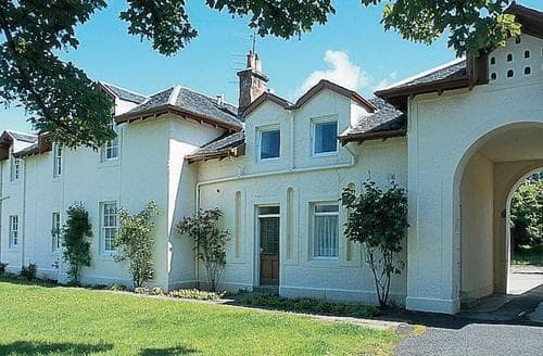 Last Minute Cottages - Quaint Skelmorlie Cottage S23516